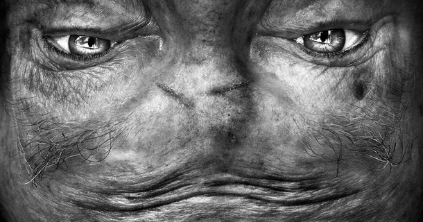 Captivating Closeups Of Human Face Make Them Look Like Space Aliens
